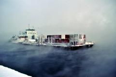 Завершение навигации, швартовка одного из последних судов с нашим грузом.